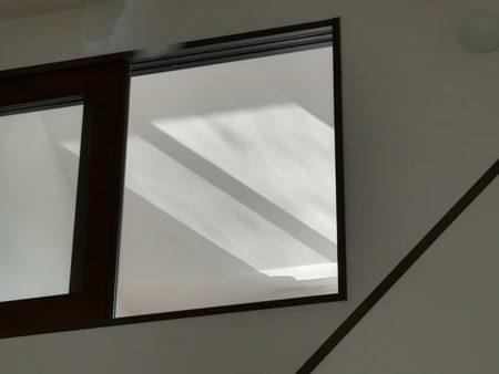 1.5階の窓