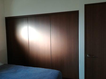 寝室クローゼット